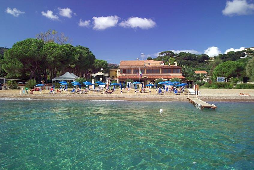 Hotel Frank\'s - Insel Elba - Am Strand von Naregno in Capolivceri